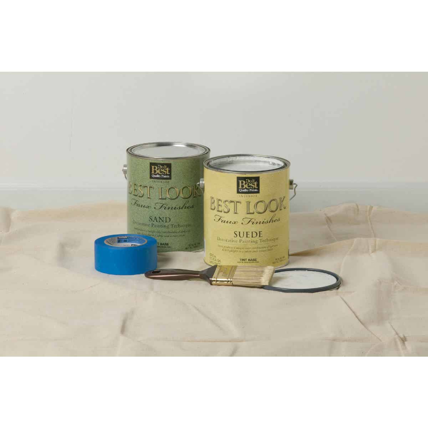 Wooster SILVER TIP 1-1/2 In. Flat Sash Varnish And Paint Brush Image 2