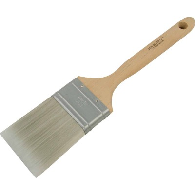 Wooster SILVER TIP 2-1/2 In. Chisel Trim Flat Sash Paint Brush
